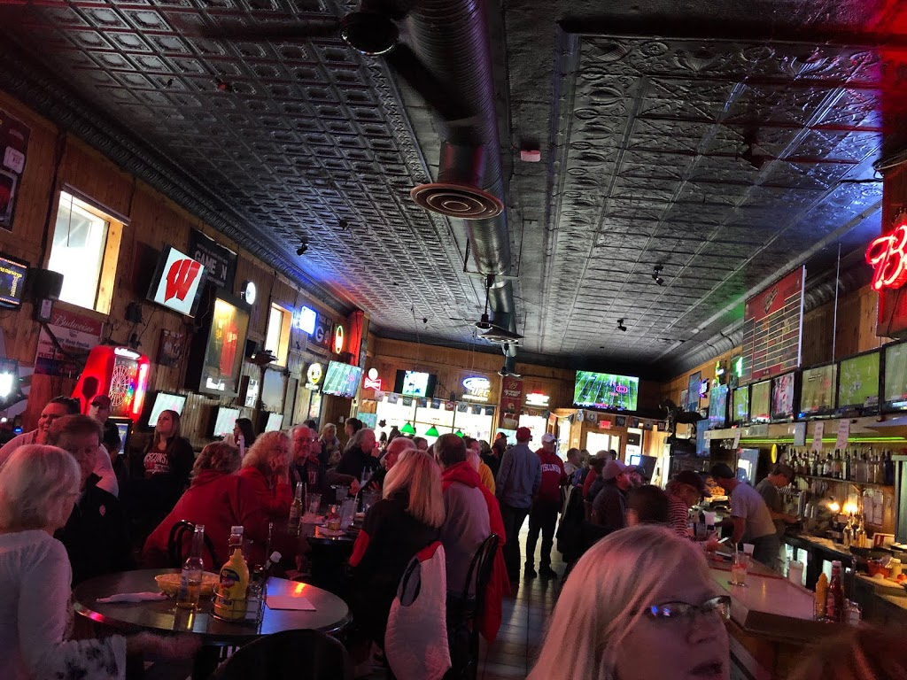 Wilsons Bar & Grill | restaurant | 2144 Atwood Ave, Madison, WI 53704, USA | 6082412226 OR +1 608-241-2226