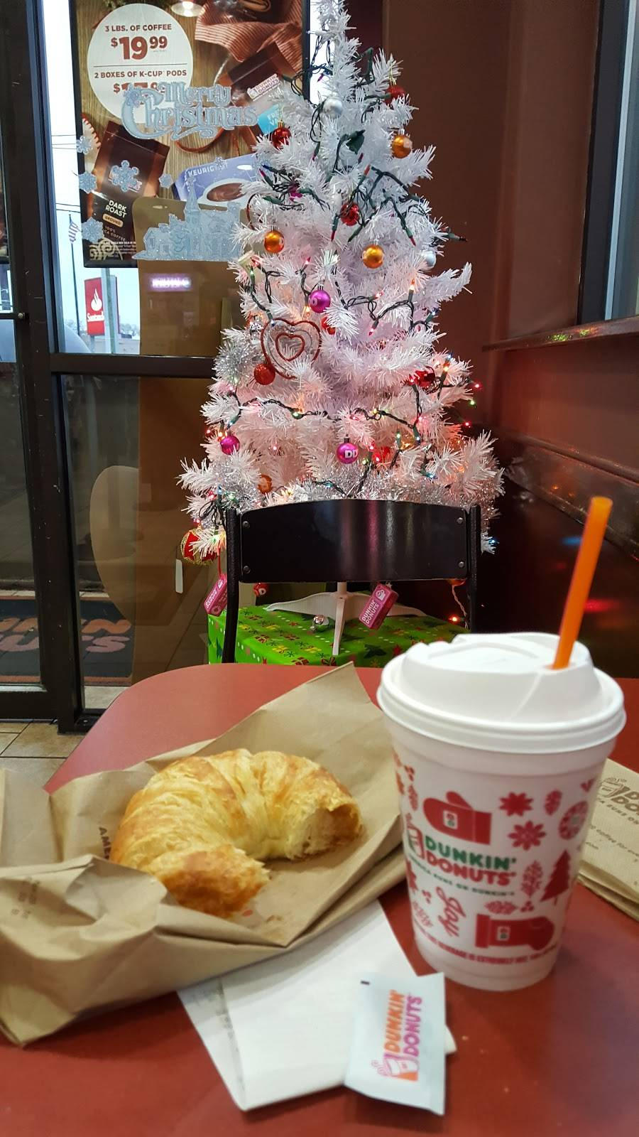Dunkin Donuts | cafe | 1351 Paterson Plank Rd, Secaucus, NJ 07094, USA | 2016055555 OR +1 201-605-5555