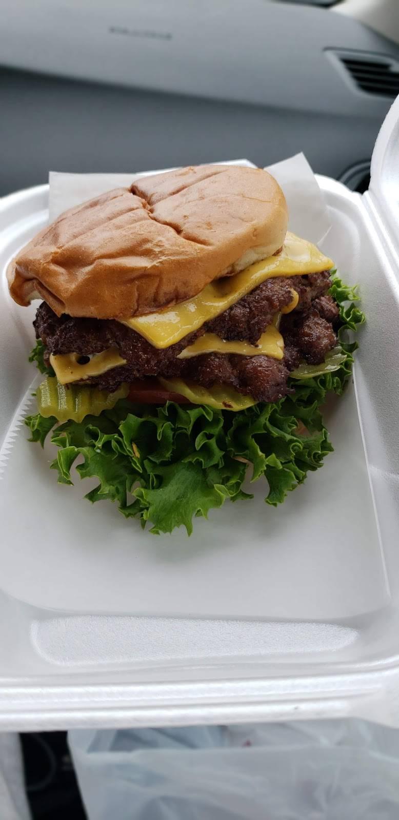 SMACKERS   restaurant   1525 Airways Blvd, Memphis, TN 38114, USA   9013082556 OR +1 901-308-2556