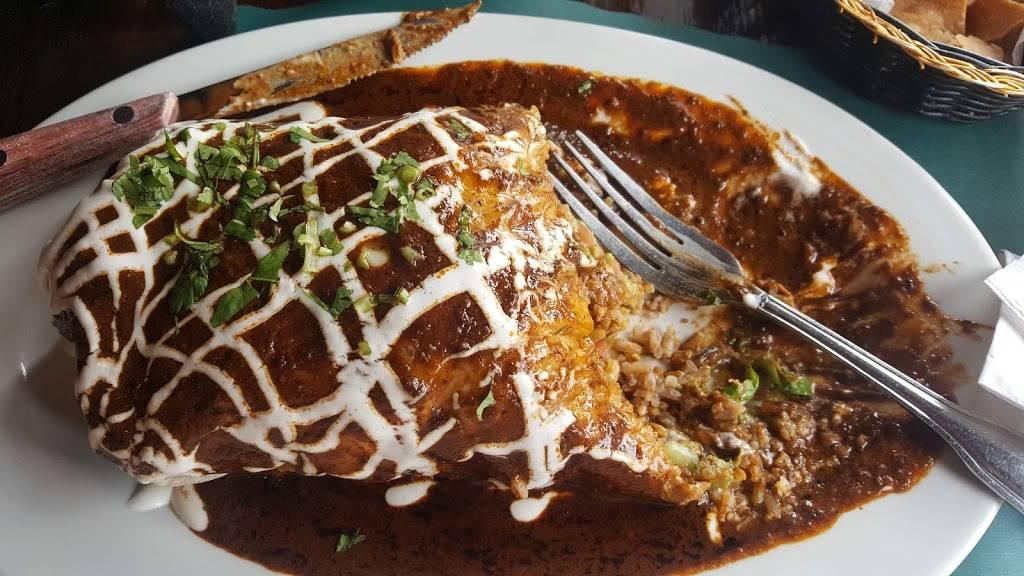 Azteca | restaurant | 47 Park Ave, Rutherford, NJ 07070, USA | 2014382111 OR +1 201-438-2111