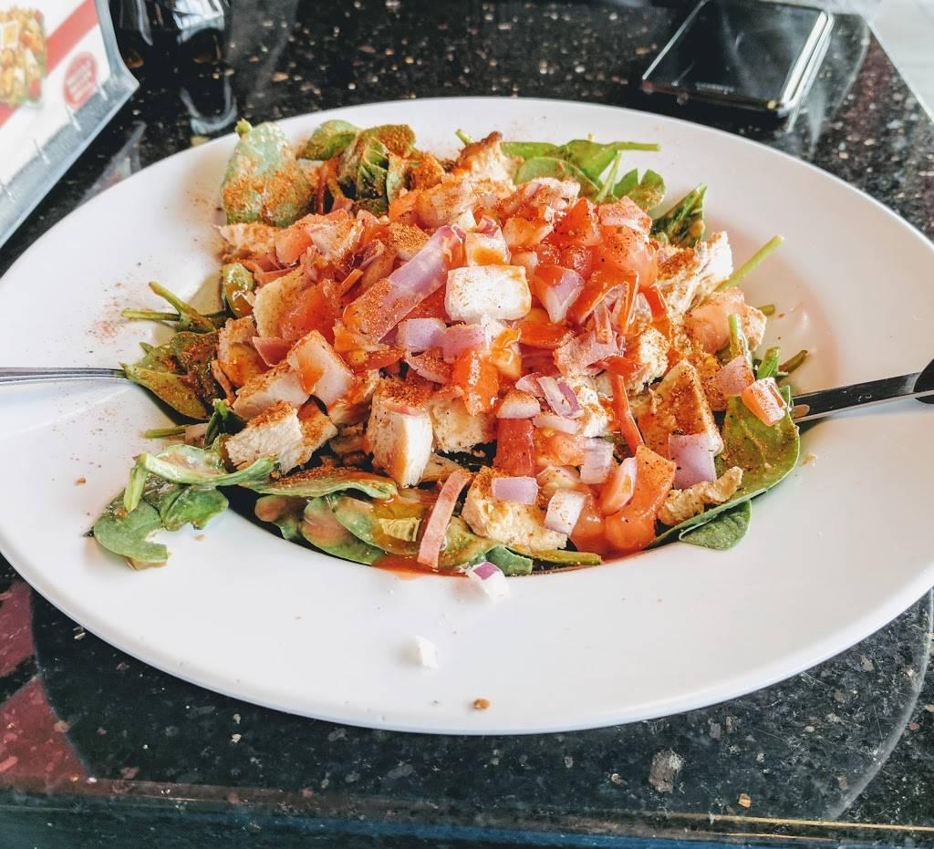 Muscle Maker Grill | restaurant | 184 Essex St, Lodi, NJ 07644, USA | 2018454900 OR +1 201-845-4900