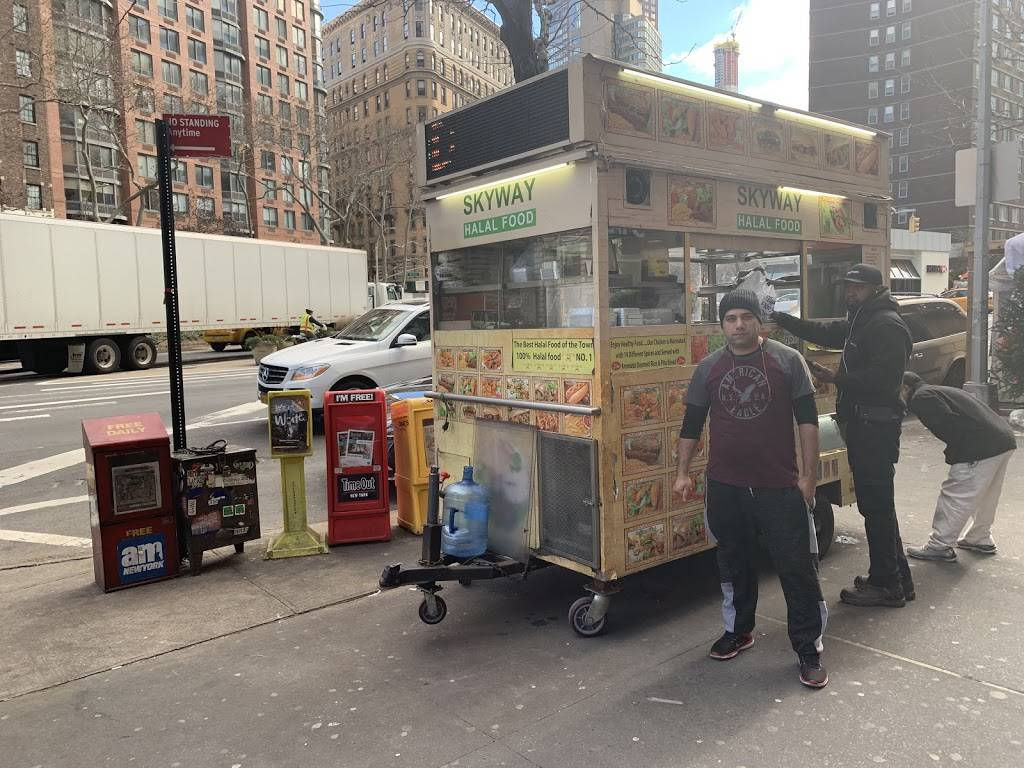 Skyway Halal Gyro Truck | restaurant | 2045 Broadway, New York, NY 10023, USA | 6469442701 OR +1 646-944-2701