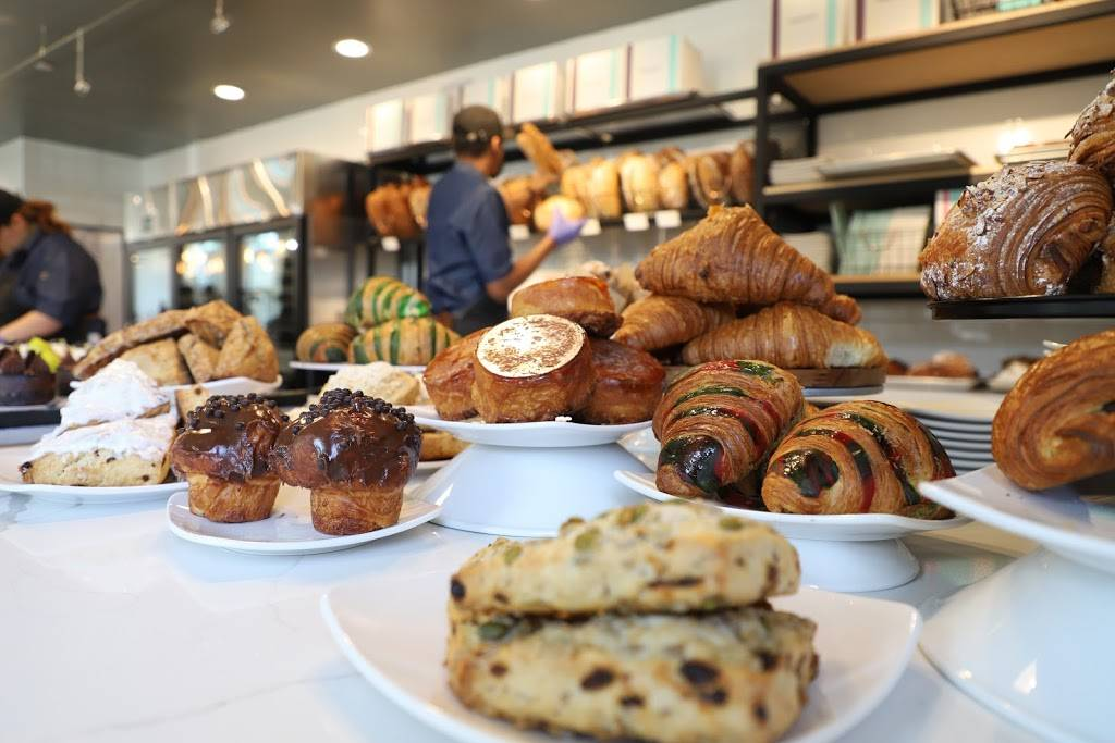 Common Bond Bistro & Bakery - Heights | restaurant | 449 West 19th Street Suite #B-100, Houston, TX 77008, USA | 7133579397 OR +1 713-357-9397