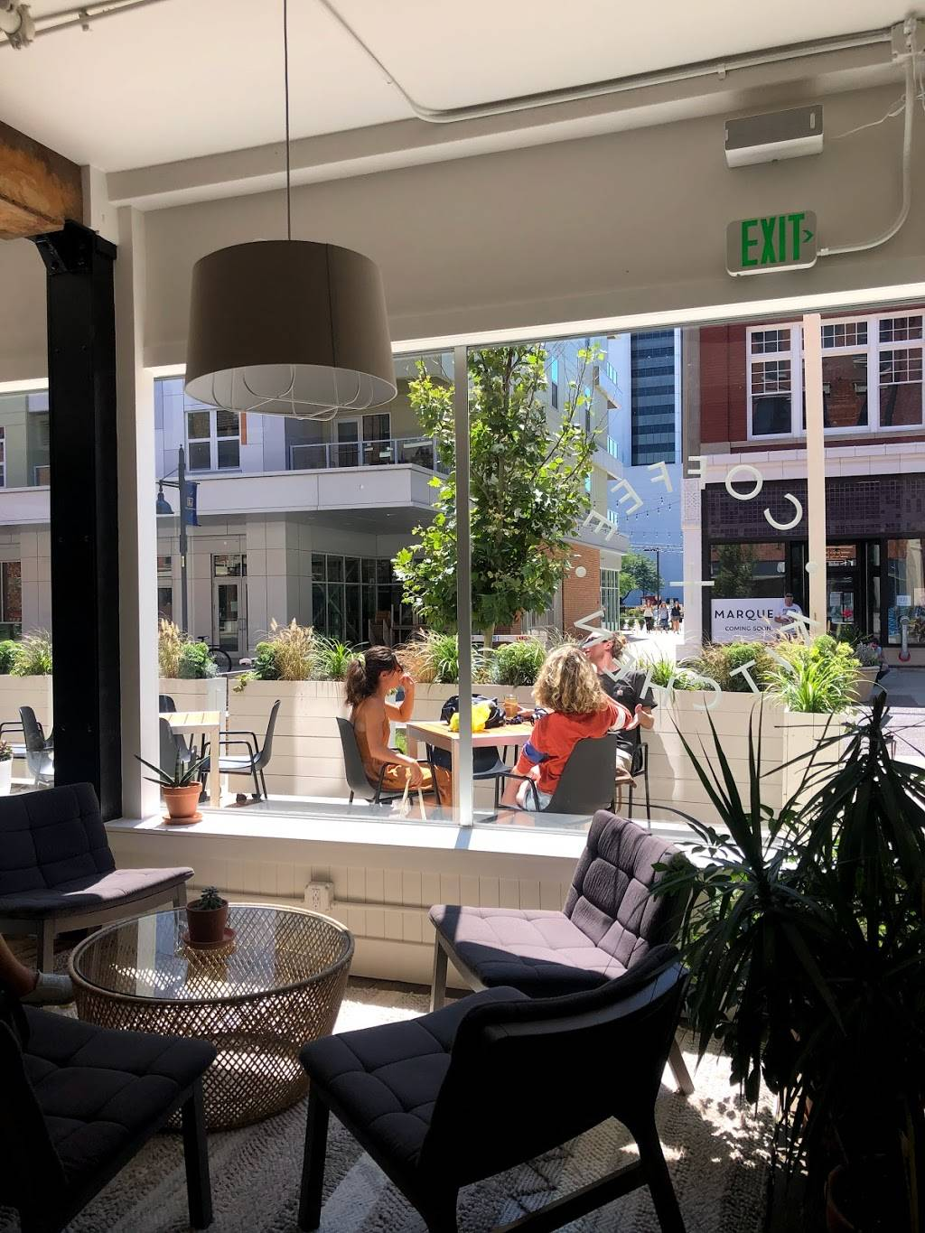 Utopian Coffee + Kitchen | cafe | 118 W Columbia St, Fort Wayne, IN 46802, USA | 2602652023 OR +1 260-265-2023