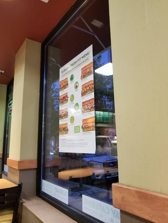 Subway Restaurants | restaurant | 4800 Broadway, Union City, NJ 07087, USA | 2014420064 OR +1 201-442-0064