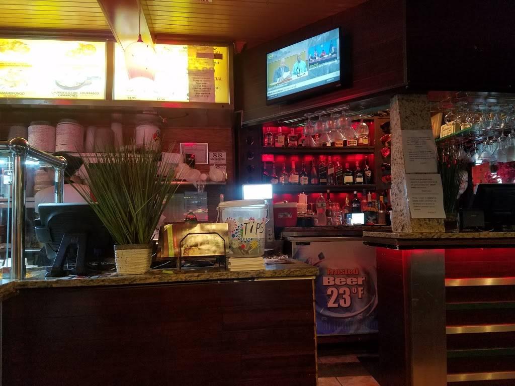 Caribe   restaurant   2 E Gun Hill Rd, Bronx, NY 10467, USA   7183245300 OR +1 718-324-5300
