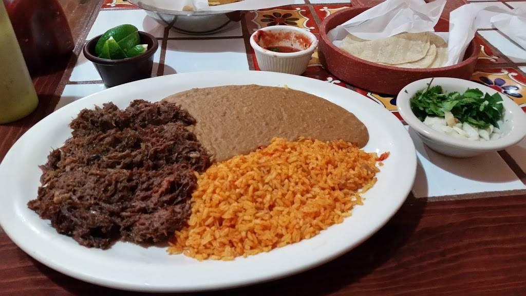 Don Nicos Mexican Restaurant | restaurant | 210 E South Loop, Stephenville, TX 76401, USA | 2549686552 OR +1 254-968-6552