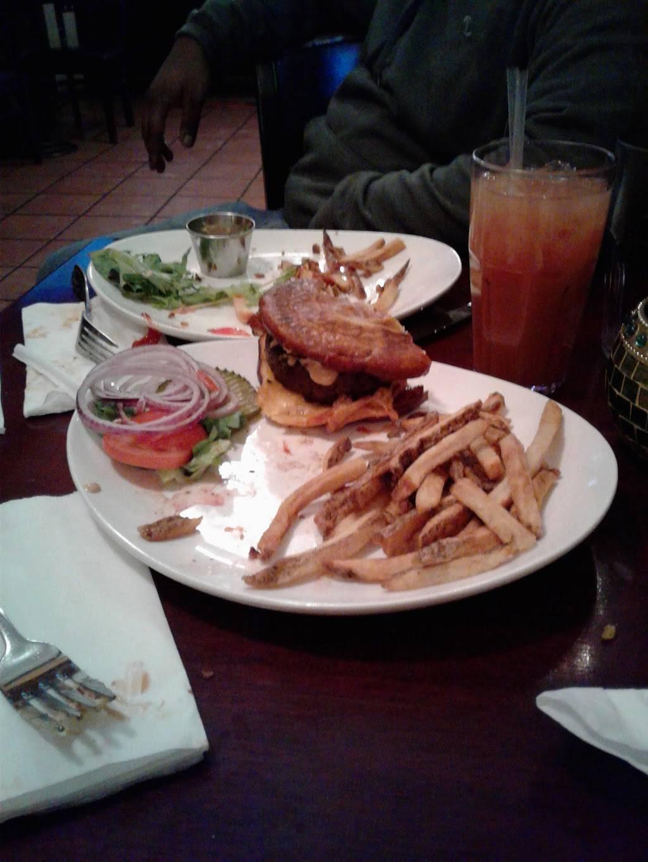 Bantry Bay Publick House | restaurant | 33-01 Greenpoint Ave, Long Island City, NY 11101, USA | 7187849500 OR +1 718-784-9500