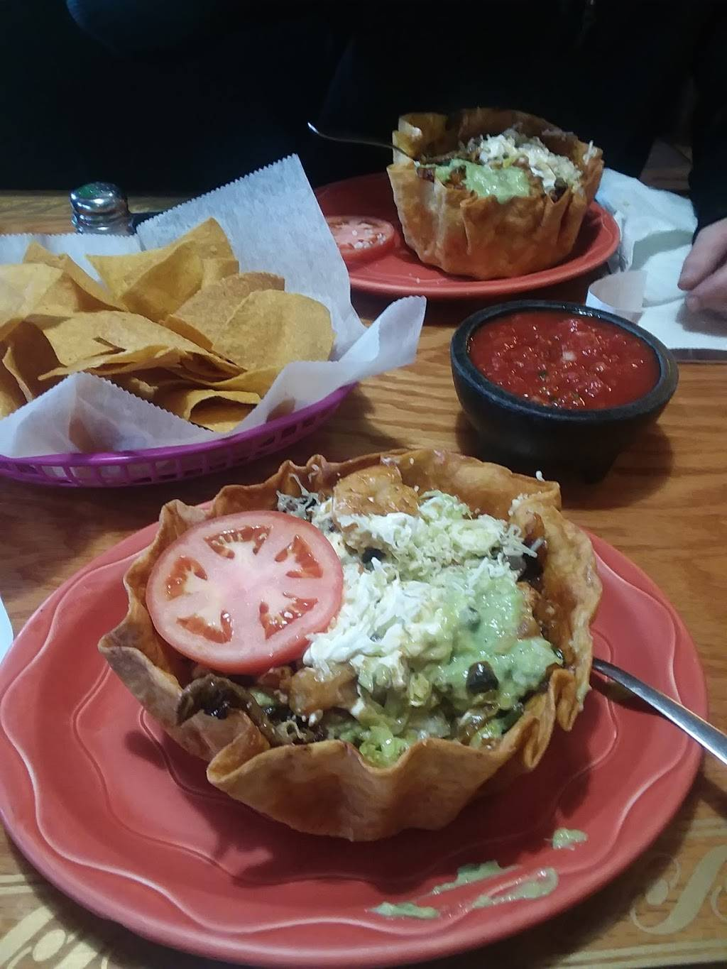El Camino Real Mexican Restaurant | restaurant | 1115 N 3rd St, Terre Haute, IN 47807, USA | 8122311113 OR +1 812-231-1113