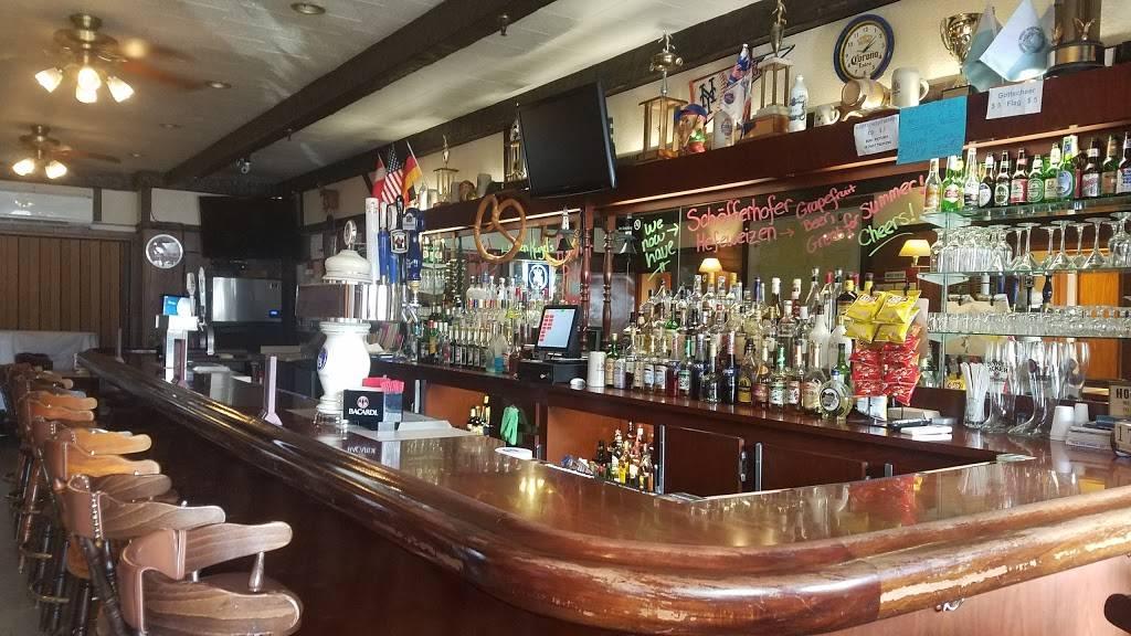 Gottscheer Hall | restaurant | 657 Fairview Ave, Ridgewood, NY 11385, USA | 7183663030 OR +1 718-366-3030