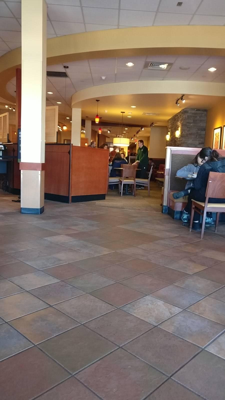 Panera Bread | cafe | 1025 W Montauk Hwy, West Babylon, NY 11704, USA | 6316610990 OR +1 631-661-0990