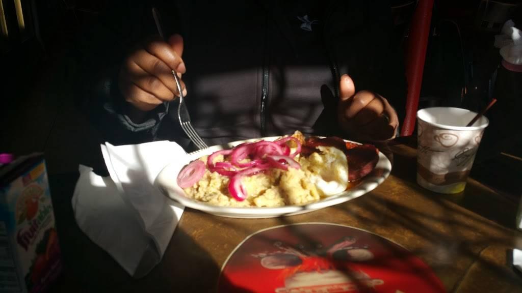 El Fogon | restaurant | 475 Union Ave, Paterson, NJ 07522, USA | 9737200100 OR +1 973-720-0100