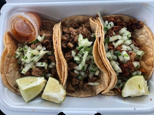 Kings Tacos | restaurant | 201 Park Ave, Orange Park, FL 32073, USA | 9045254349 OR +1 904-525-4349