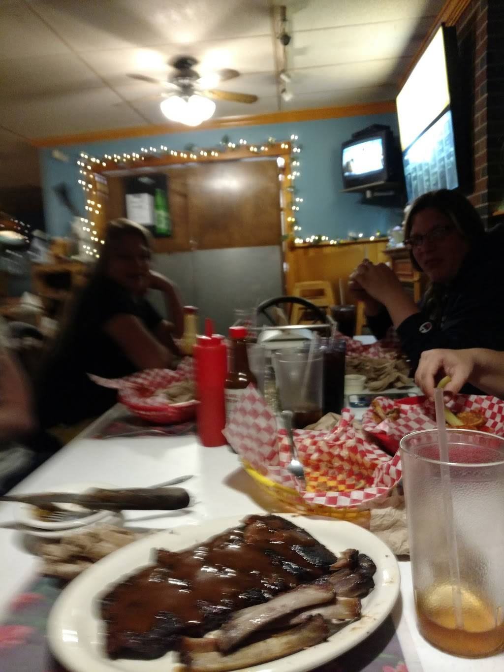 Uncle Bucks BBQ   restaurant   361 W Main St, Plymouth, PA 18651, USA   5707795950 OR +1 570-779-5950
