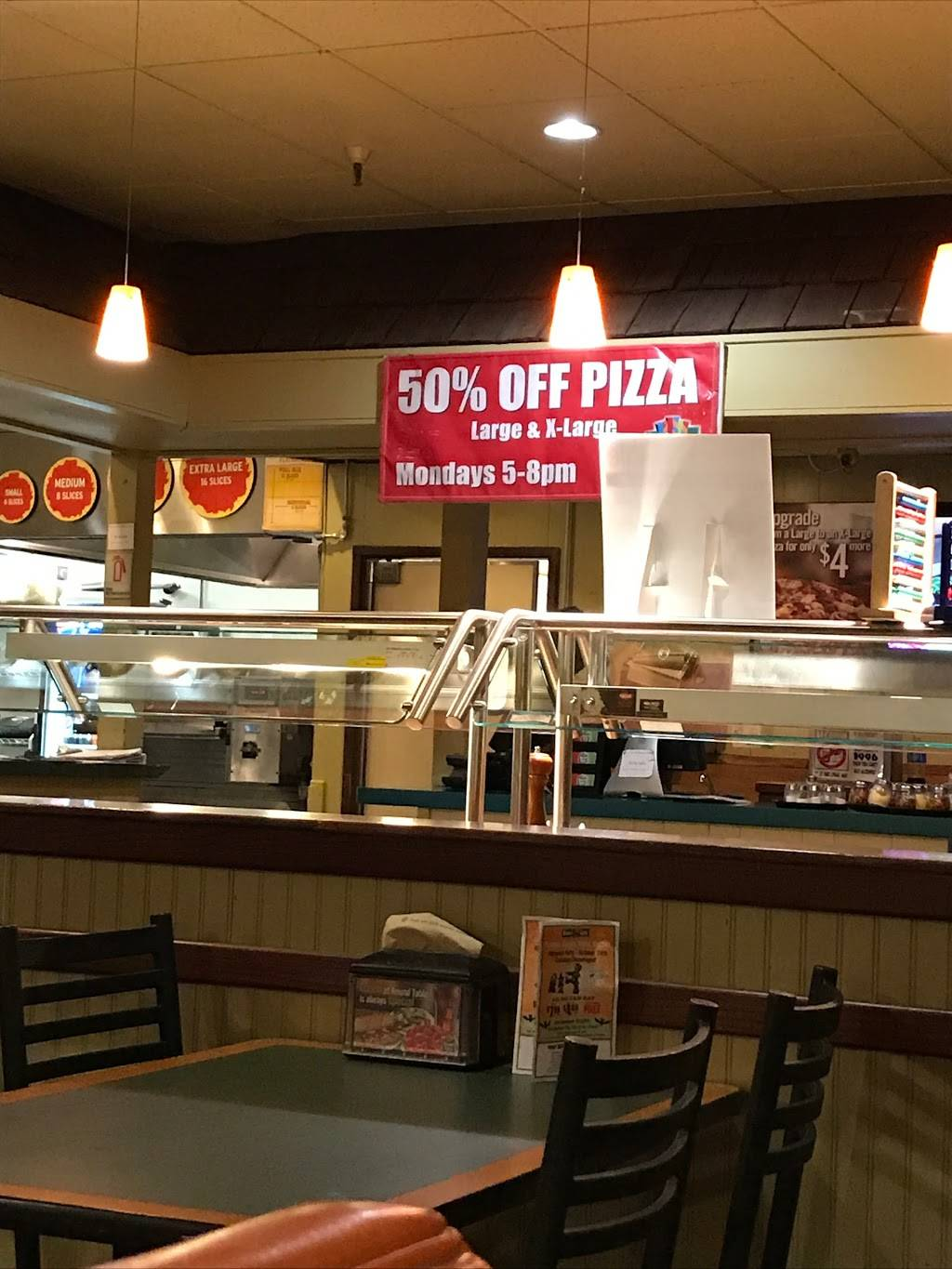 Round Table Pizza | meal delivery | 3291 Truxel Rd, Sacramento, CA 95833, USA | 9166481790 OR +1 916-648-1790