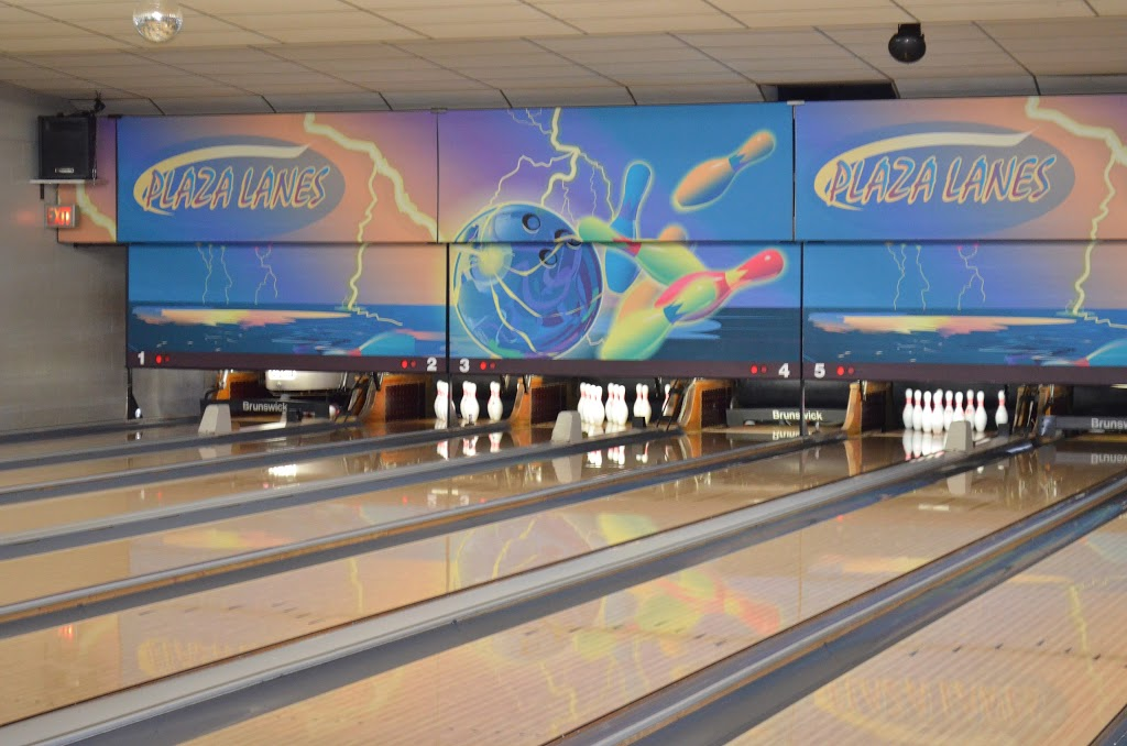 Plaza Bowling Lanes, Inc.   restaurant   114 E Forest St, Celina, OH 45822, USA   4195865340 OR +1 419-586-5340