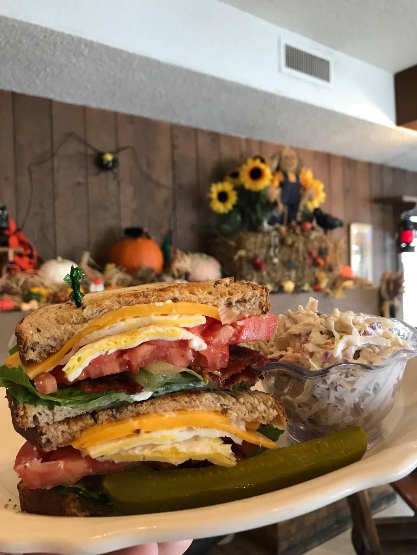 Millies Pancake Shoppe Inc | restaurant | 605 W Lake St, Addison, IL 60101, USA | 6306289891 OR +1 630-628-9891
