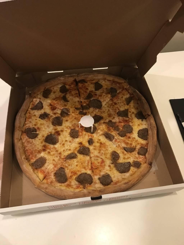 Bergenline Pizza | restaurant | 2920 Bergenline Ave, Union City, NJ 07087, USA | 2012235800 OR +1 201-223-5800