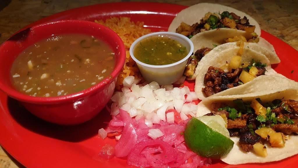 Ojos Locos Sports Cantina - Northpark   restaurant   15155 North Fwy, Houston, TX 77090, USA   8322340339 OR +1 832-234-0339