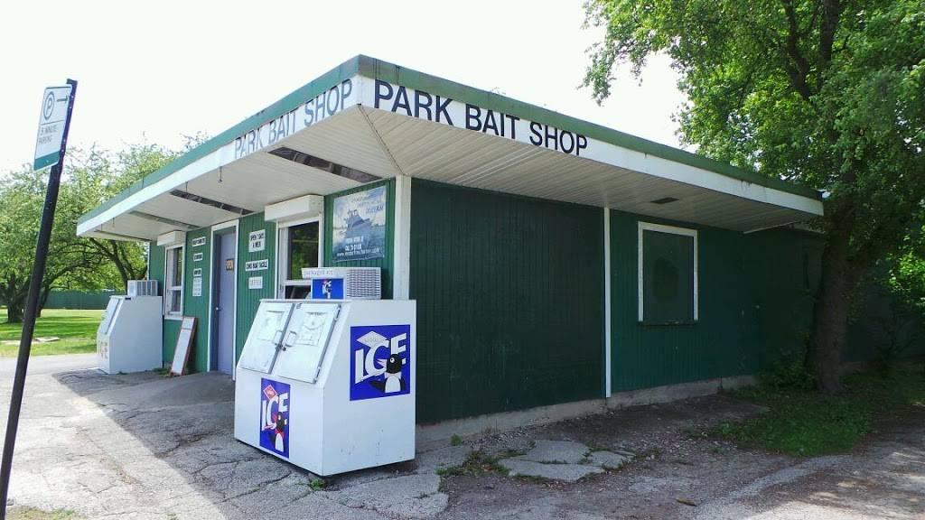 Park Bait Co   restaurant   600 W Montrose Ave, Chicago, IL 60613, USA   7732712838 OR +1 773-271-2838