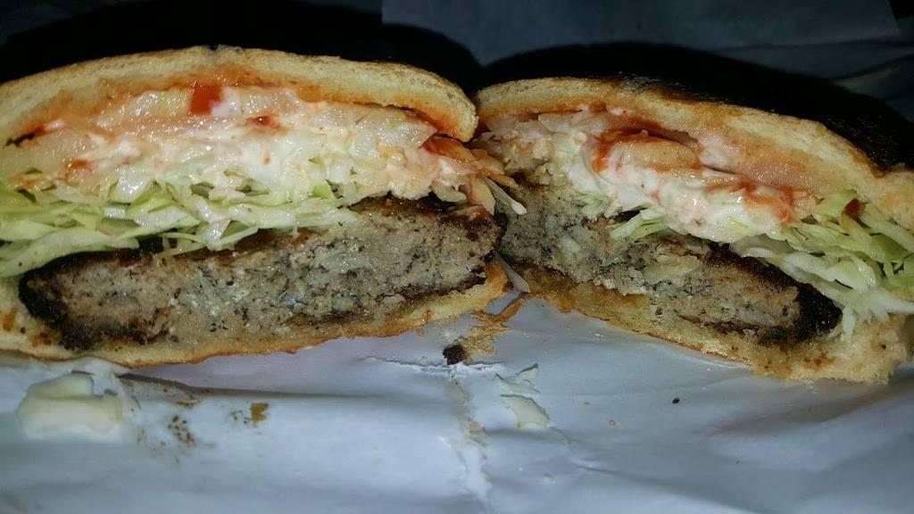 Elsa La Reina del Chicharron | restaurant | 4840 Broadway, New York, NY 10034, USA | 2123041070 OR +1 212-304-1070