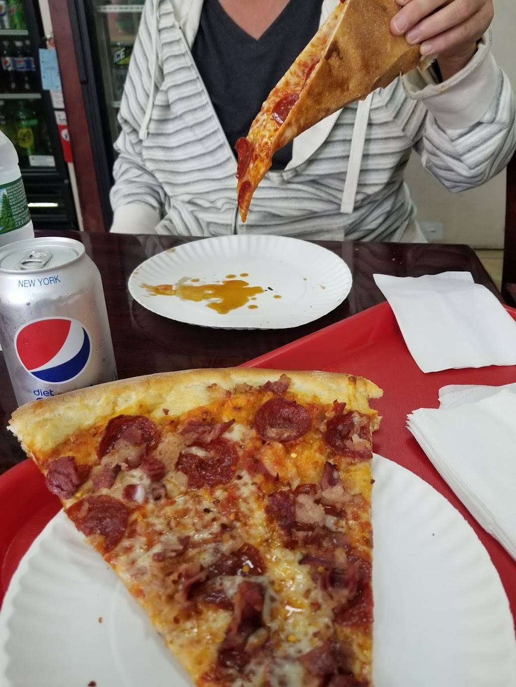 Pepo's Pizza | restaurant | 1522 Amsterdam Ave, New York, NY 10031, USA | 9172616476 OR +1 917-261-6476