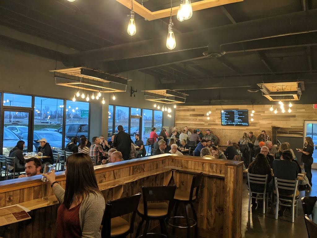 Wooden Bear Brewing Restaurant 157 Holiday Pl Franklin