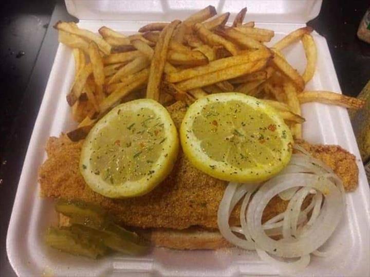 Jrs Kitchen | restaurant | 1103 W Main St, Peoria, IL 61606, USA | 3098398482 OR +1 309-839-8482