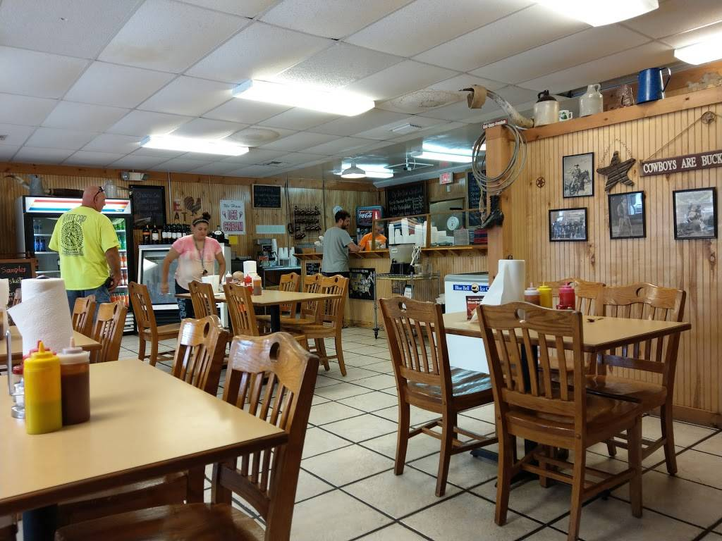 Firewood Bar.B.Q. | restaurant | 7013 Lithia Pinecrest Rd, Lithia, FL 33547, USA | 8134388710 OR +1 813-438-8710
