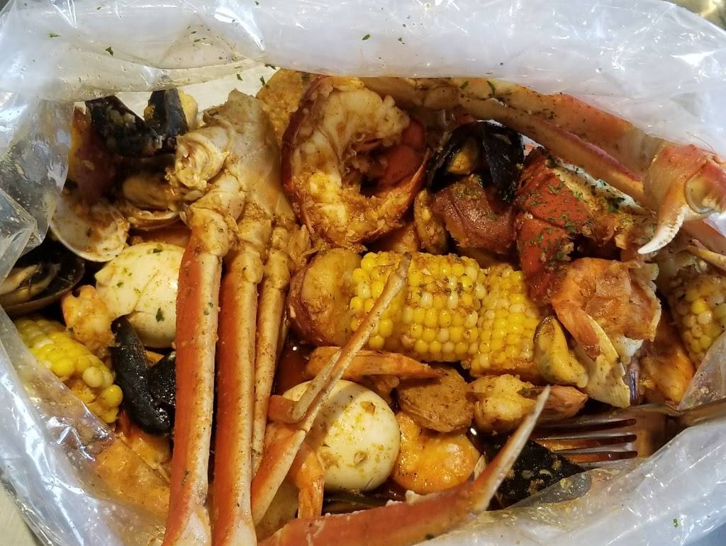 Chosen 1 Cajun Seafood Restaurant 2074 Park St Hartford