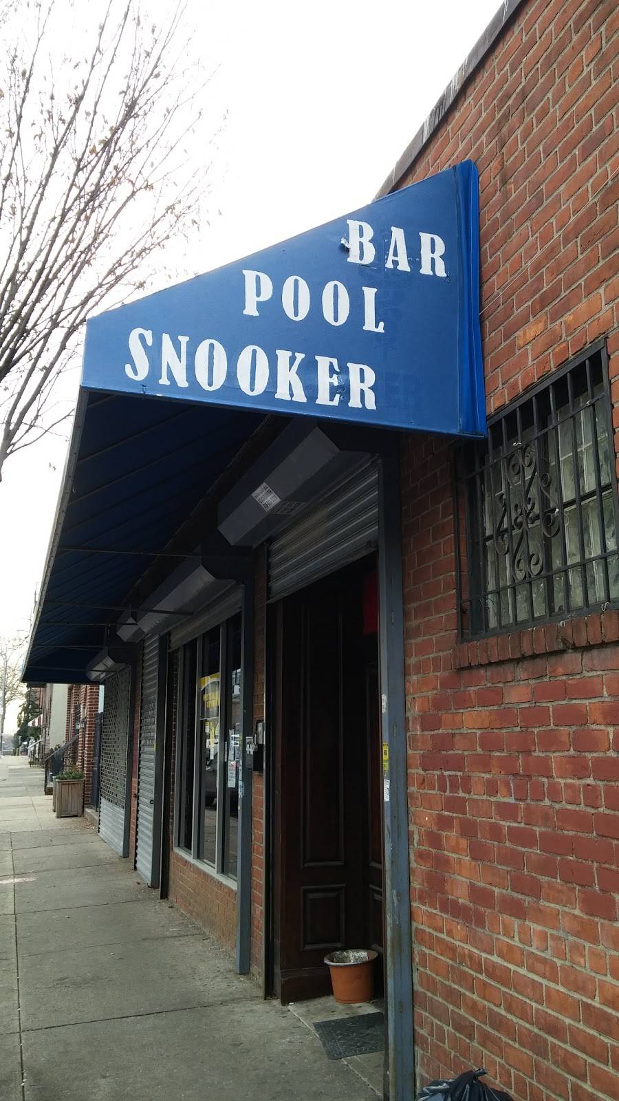 Weekender Billiard & Bar   restaurant   41-46 54th St, Woodside, NY 11377, USA   9178326903 OR +1 917-832-6903