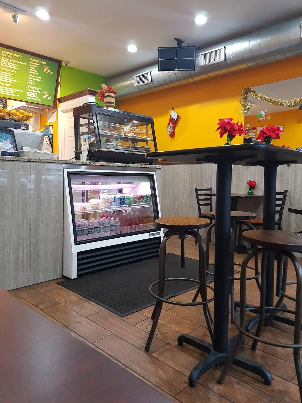 Tropical Juice Bar | restaurant | 1702 Bergenline Ave, Union City, NJ 07087, USA | 2014533066 OR +1 201-453-3066