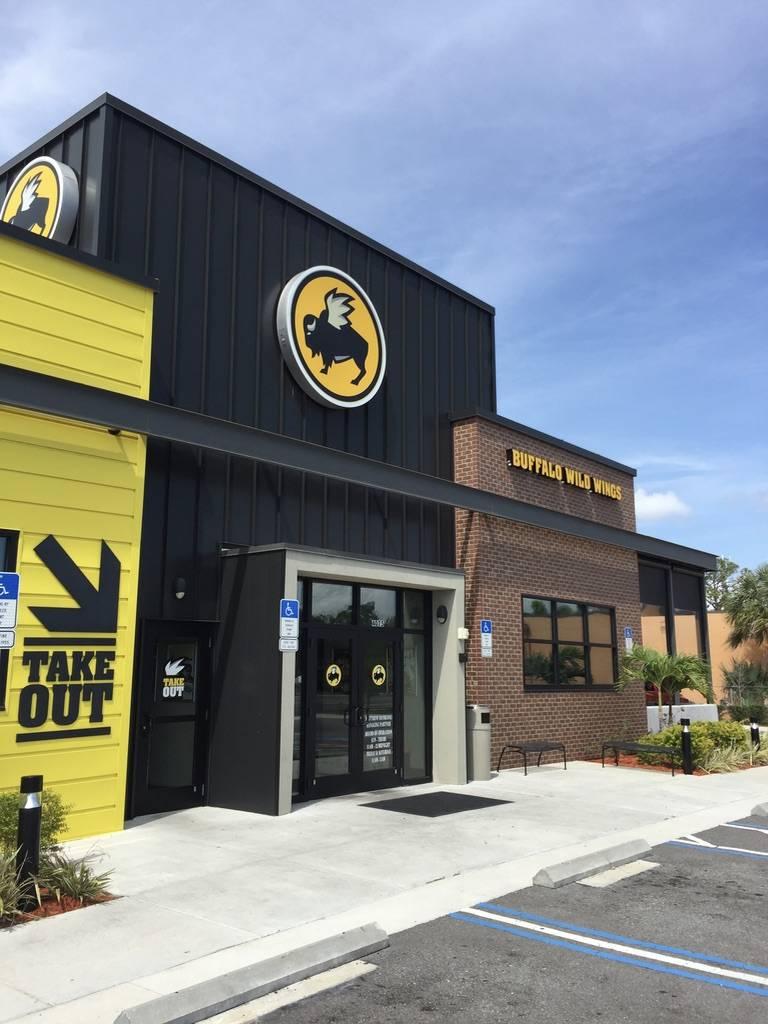 Buffalo Wild Wings   restaurant   4075 Park Blvd N, Pinellas Park, FL 33781, USA   7273501020 OR +1 727-350-1020