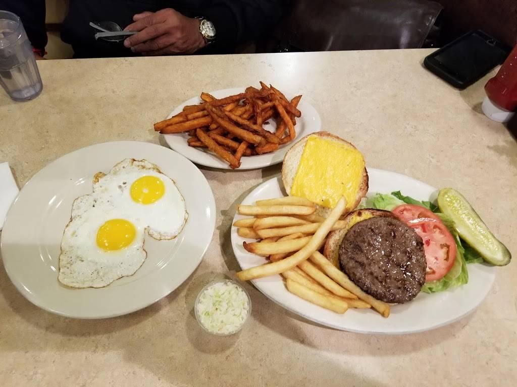 Westside Restaurant | restaurant | 2020 Broadway, New York, NY 10023, USA | 2127244000 OR +1 212-724-4000