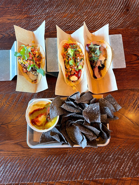 Velvet Taco | restaurant | 15104 Dallas Pkwy, Dallas, TX 75248, USA | 9727039003 OR +1 972-703-9003