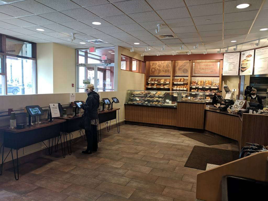 Panera Bread | bakery | 10 State House Square, Hartford, CT 06103, USA | 8602418908 OR +1 860-241-8908