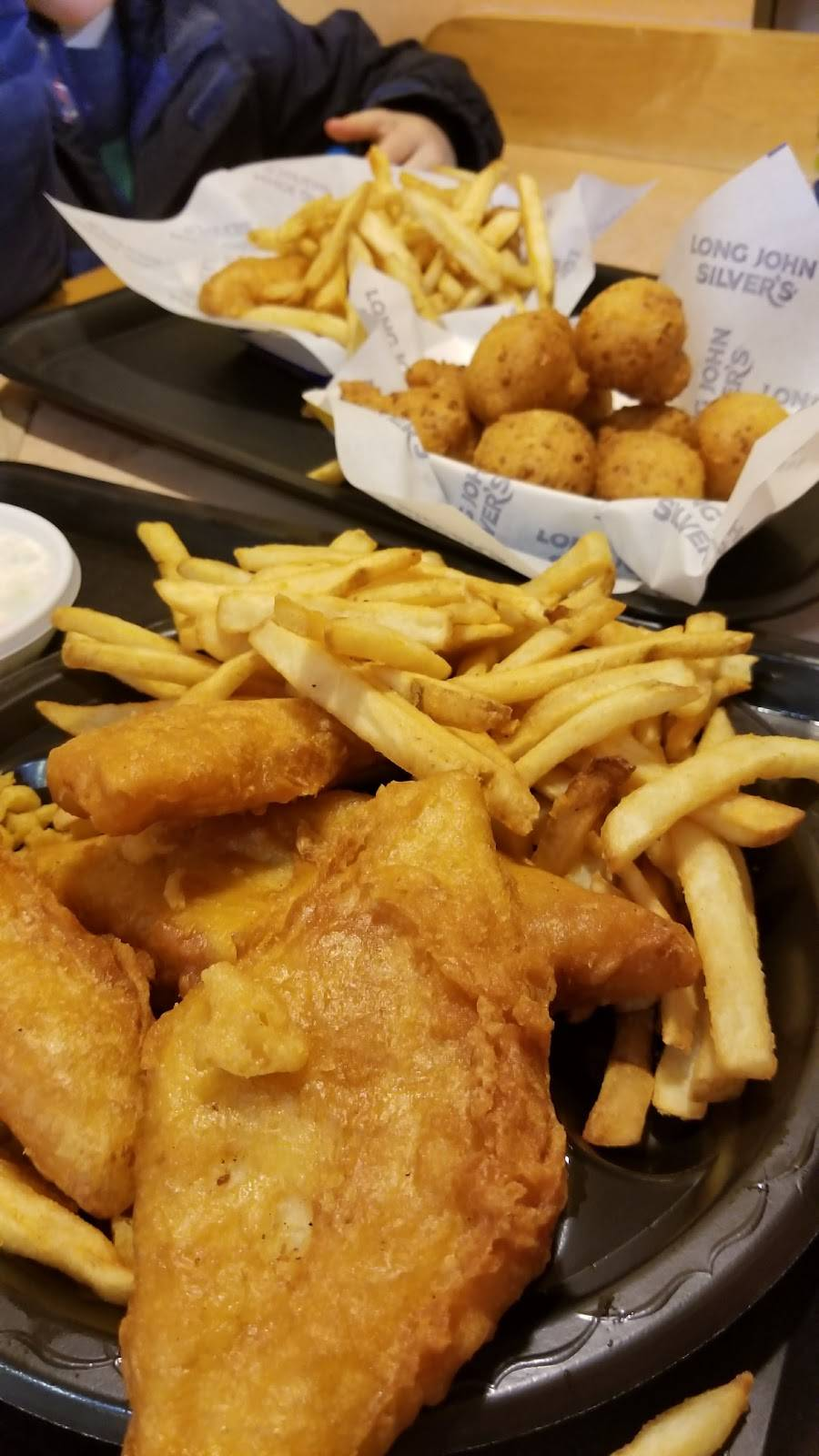 Long John Silvers   restaurant   6622 W Fullerton Ave, Chicago, IL 60707, USA   7732374661 OR +1 773-237-4661