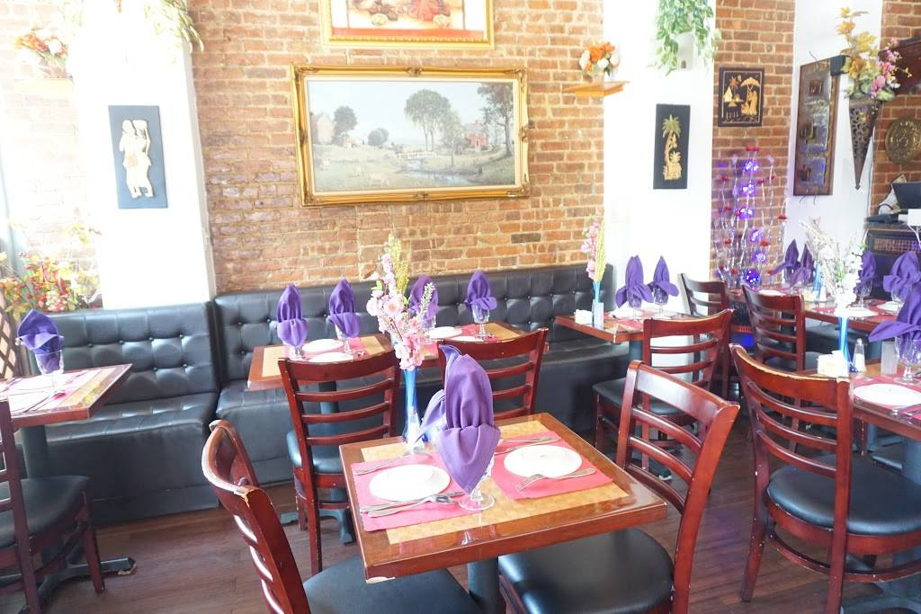 Bombay Heights | restaurant | 1070 Bedford Ave, Brooklyn, NY 11216, USA | 7182307790 OR +1 718-230-7790