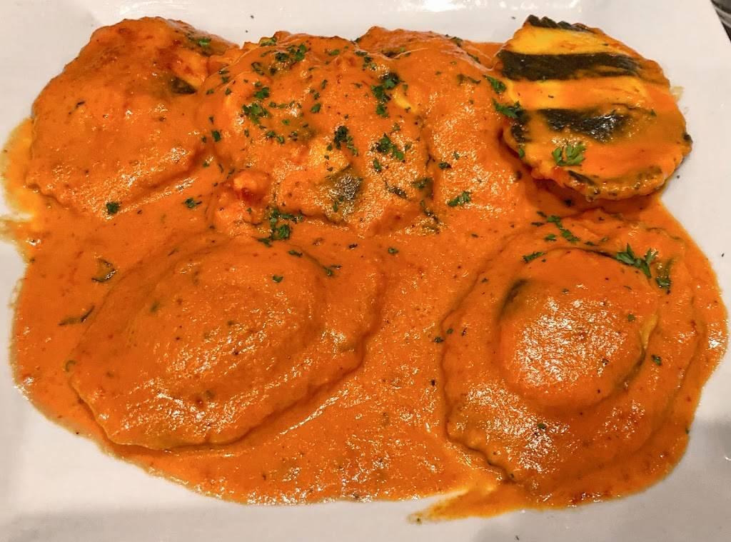 Dolce Mamma | restaurant | 4505 Bath Pike, Bethlehem, PA 18017, USA | 6103178405 OR +1 610-317-8405