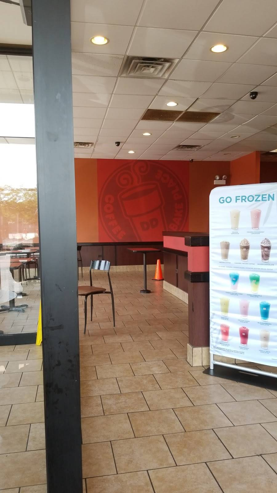 Dunkin Donuts | cafe | 6237 S Halsted Pkwy, Chicago, IL 60621, USA | 7737838328 OR +1 773-783-8328