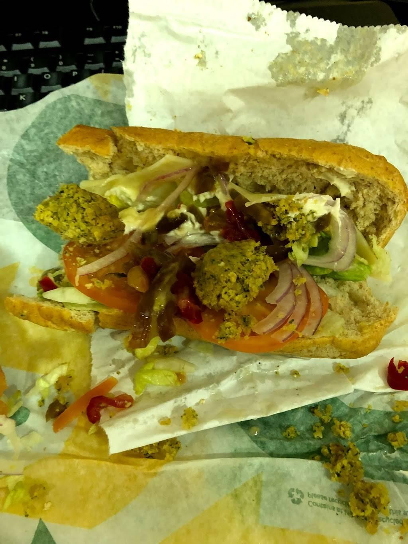 Subway Restaurants | restaurant | 2699 Broadway, New York, NY 10025, USA | 2129610632 OR +1 212-961-0632