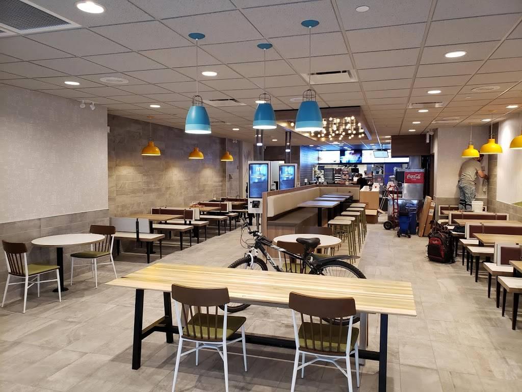 McDonalds | cafe | 2170 White Plains Rd, Bronx, NY 10462, USA | 7189315822 OR +1 718-931-5822
