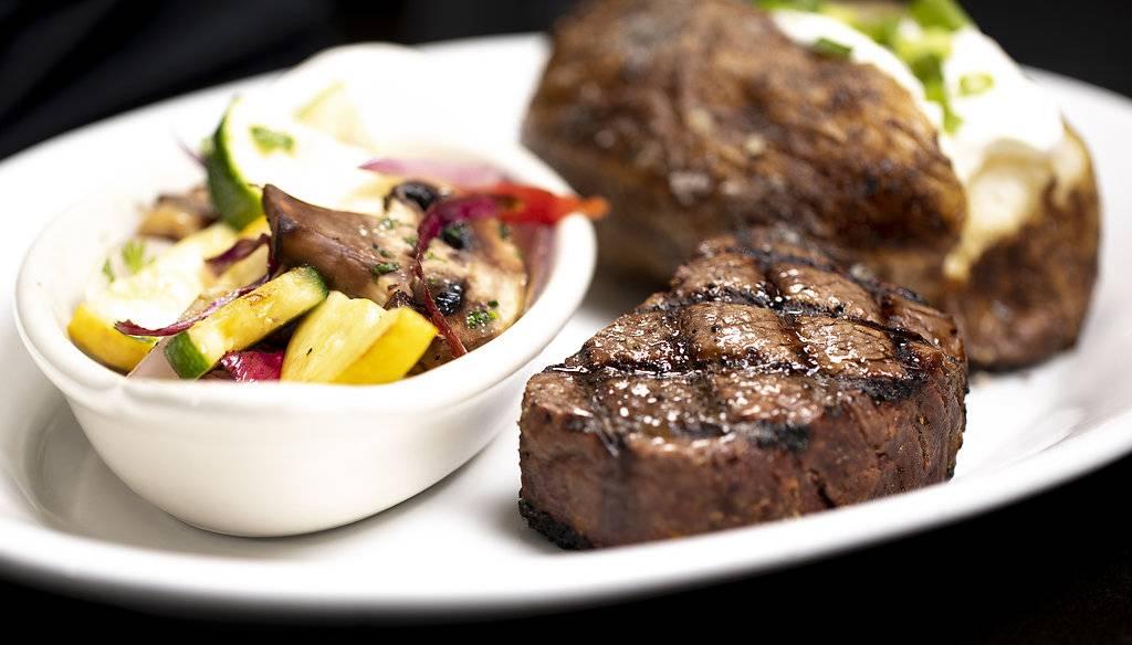 Shulas 347 Grill | restaurant | 235 E Main St, Norfolk, VA 23510, USA | 7572826347 OR +1 757-282-6347