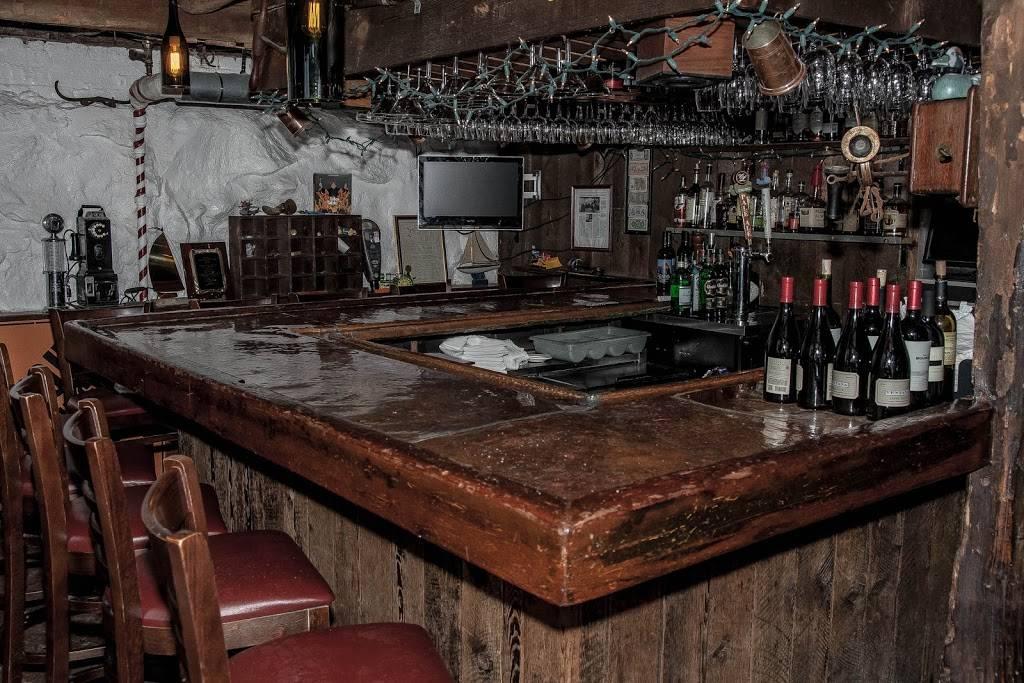 Peter Pratts Inn | restaurant | 673 Croton Heights Rd, Yorktown Heights, NY 10598, USA | 9149624090 OR +1 914-962-4090