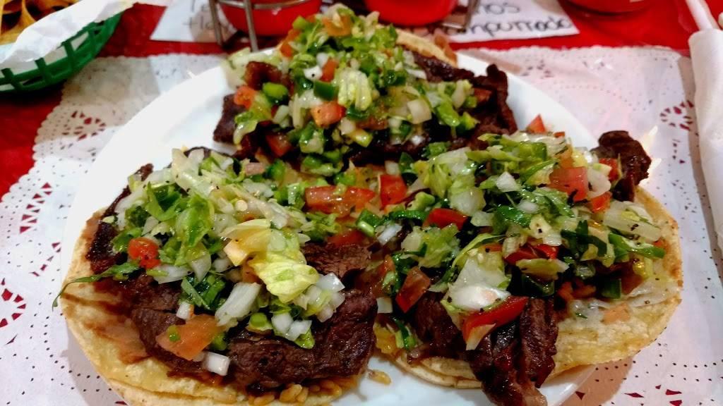 La Oaxaqueña Restaurant | restaurant | 4006, 3382 N Milwaukee Ave, Chicago, IL 60641, USA | 7735458585 OR +1 773-545-8585