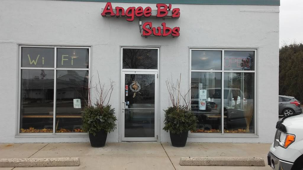 Angee Bz Subs | meal takeaway | 625 W Sumner St Ste 700, Hartford, WI 53027, USA | 2626706996 OR +1 262-670-6996