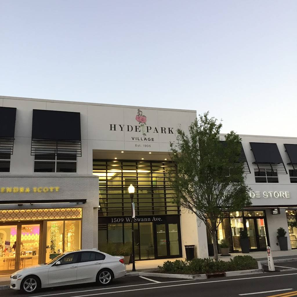 Hyde Park Village | shopping mall | 1602 W Snow Ave, Tampa, FL 33606, USA | 8132546210 OR +1 813-254-6210