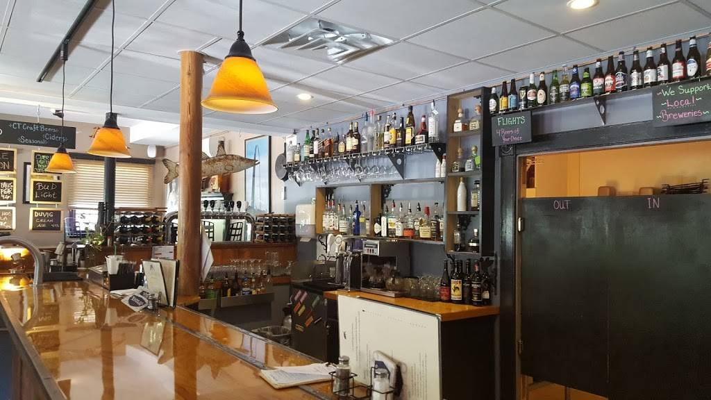 The Blue Hound Cookery & Tap Room | restaurant | 107 Main St, Ivoryton, CT 06442, USA | 8607670260 OR +1 860-767-0260
