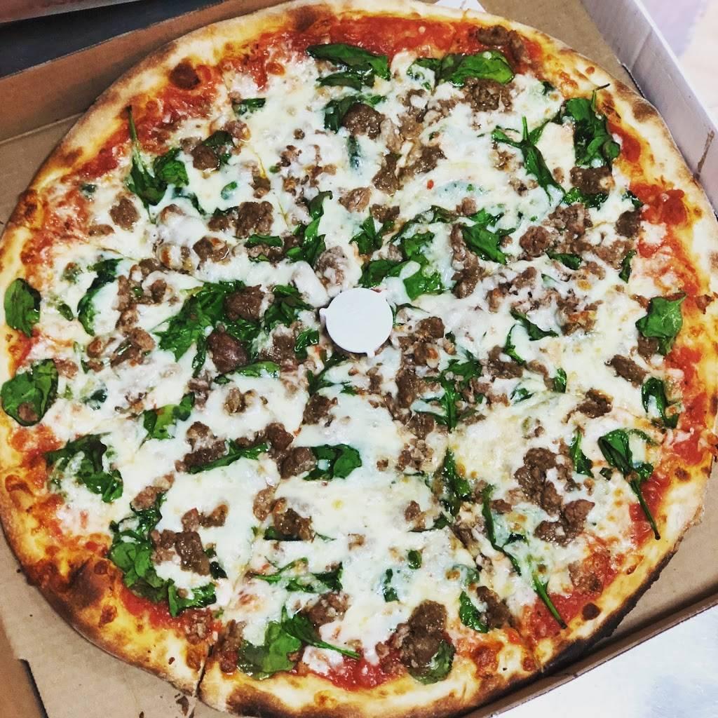 Hasbrouck Heights Pizza | restaurant | 313 Boulevard, Hasbrouck Heights, NJ 07604, USA | 2014260226 OR +1 201-426-0226