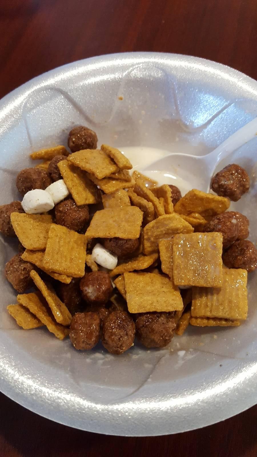Whizzy Puffs | restaurant | 106 MacGregor Rd, Lockport, IL 60441, USA